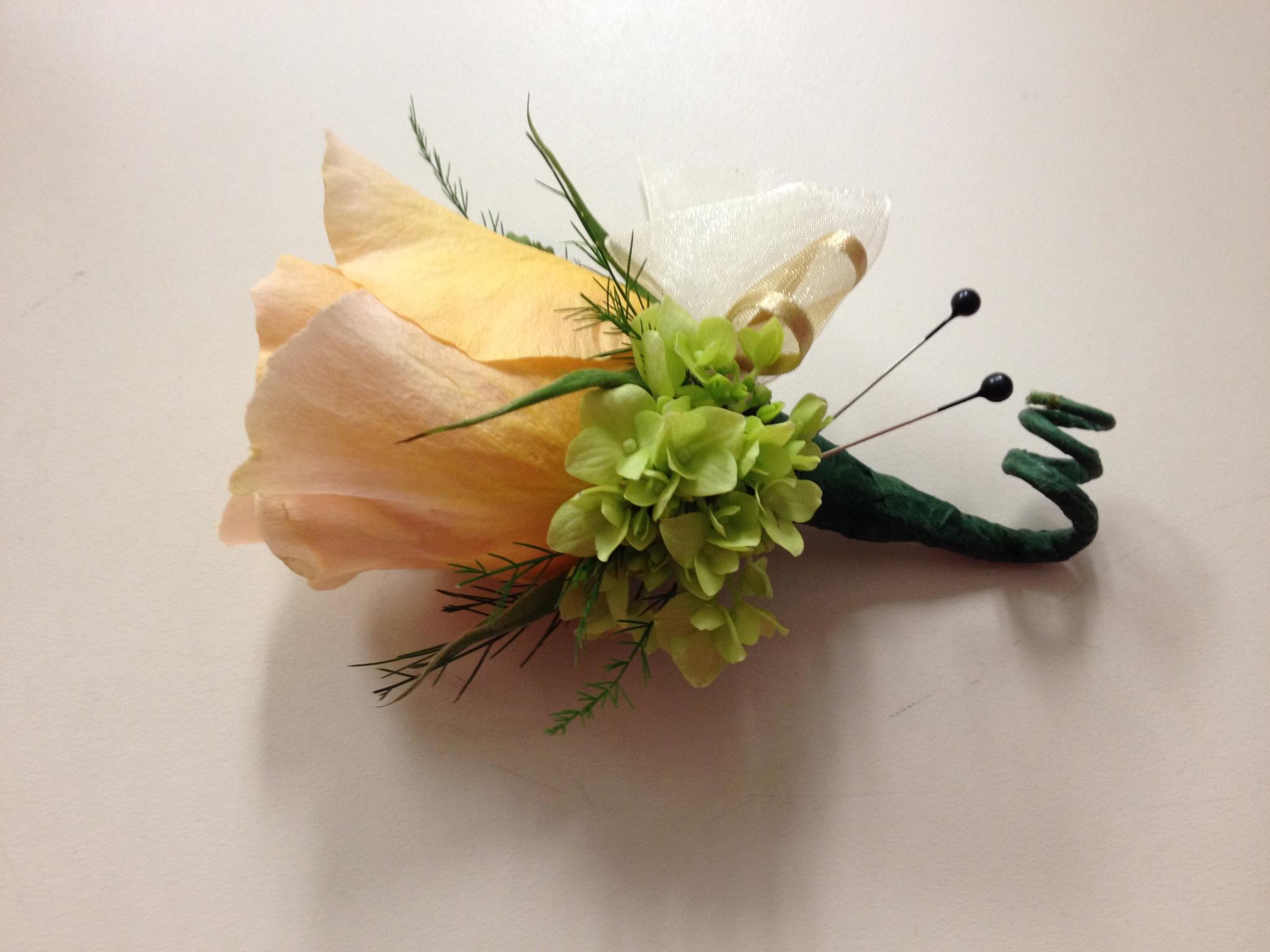 Boutonnière - Yellow Rose, Green Hydrangea