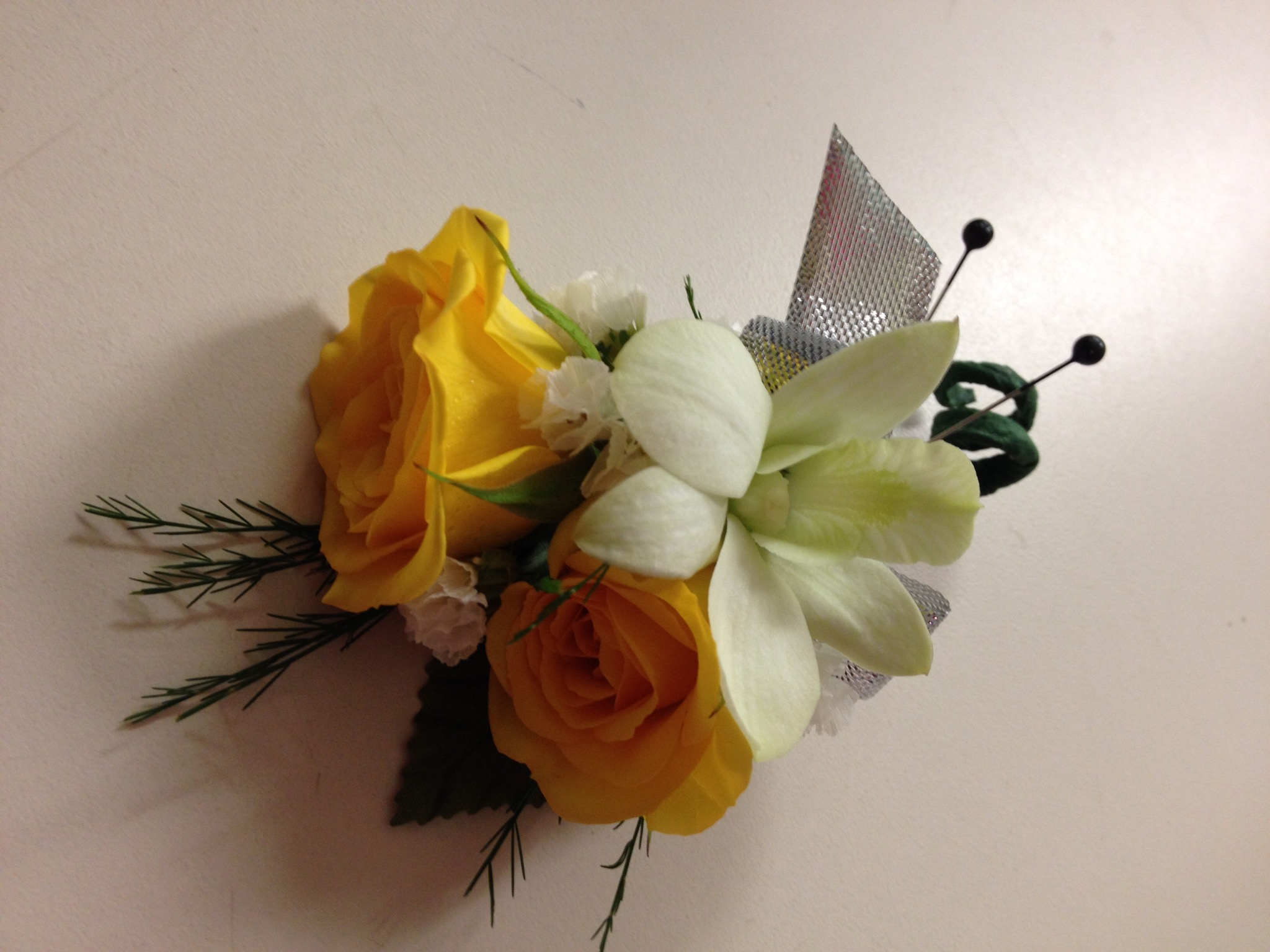 Boutonniere - Spray Rose, Dendrobium Orchid