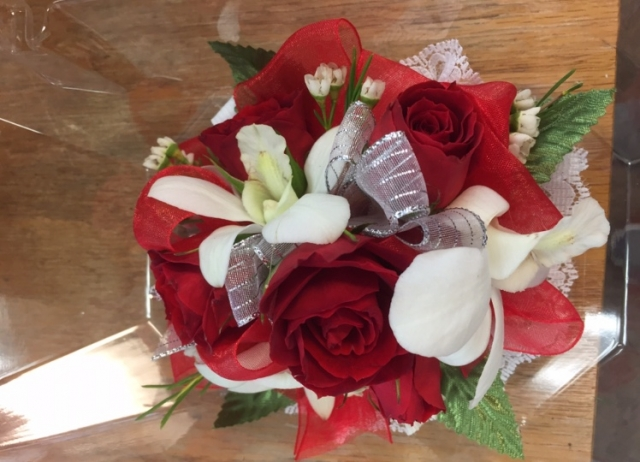 Wristlet - Red Spray Rose, Orchid