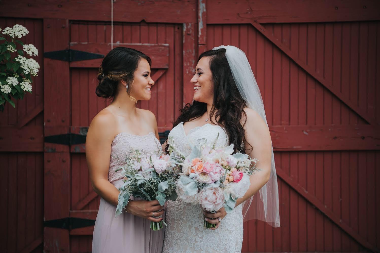 rustic wedding, barn wedding, wildflower bride