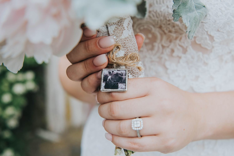 special touches, sentimental bride, bouquet wrap